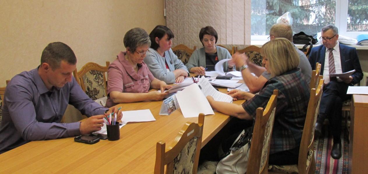 Заседание постоянной комиссии по вопросам законности, правопорядку и контролю органов местного самоуправления Вяземского районного Совета депутатов.