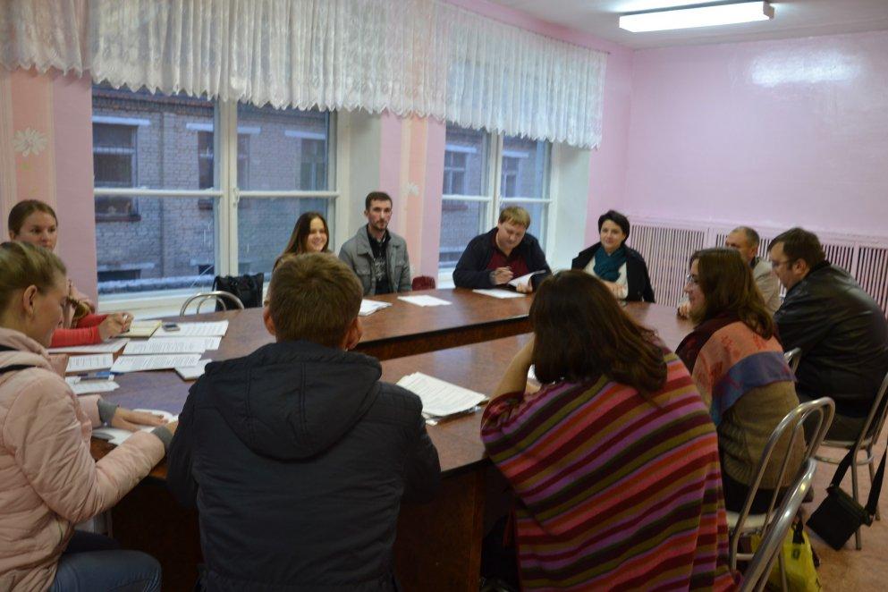 30 сентября прошло первое во втором рабочем сезоне общее заседание молодёжного парламента при Вяземском районном Совете депутатов.