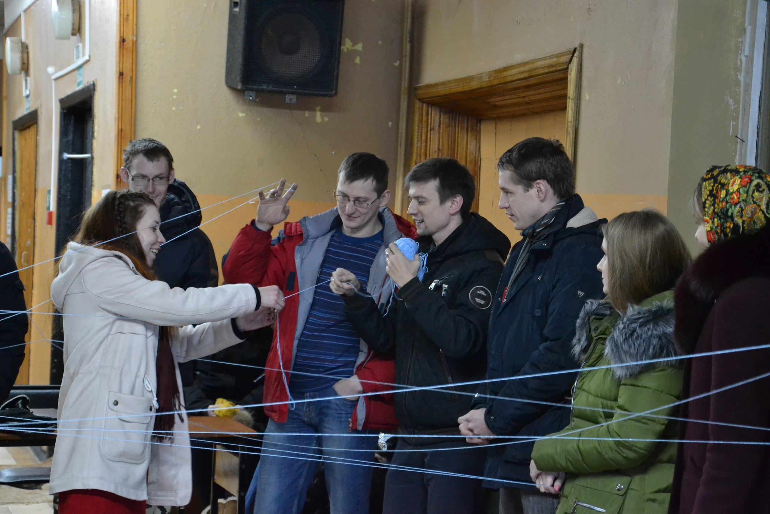 28 февраля члены молодёжного парламента при Вяземском районном Совете депутатов встретились с молодёжью Степаниковского сельского поселения.